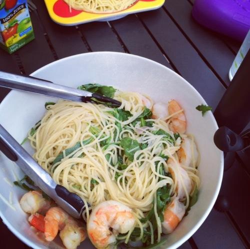 shrimp scampi with arugula